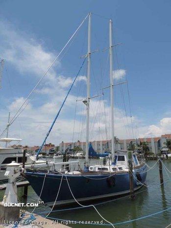 ALDEN YACHT for sale picture - Sail,Cruising-Dckhs-Aft Ckpt