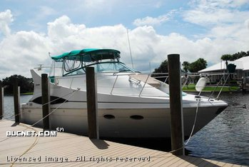 CARVER BOAT for sale picture - Motor Yacht